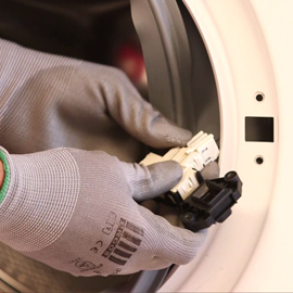 Turbo Waschmaschine lässt sich nicht öffnen: Was wenn Waschmaschinen-Tür RD77