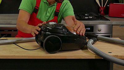 Wie kann man einen Staubsauger gründlich säubern?